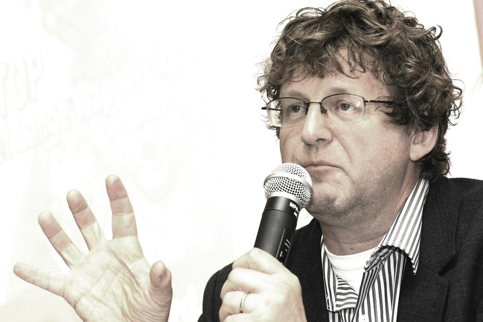 Dirk Van Duppen: het grote leven van een kleine dokter