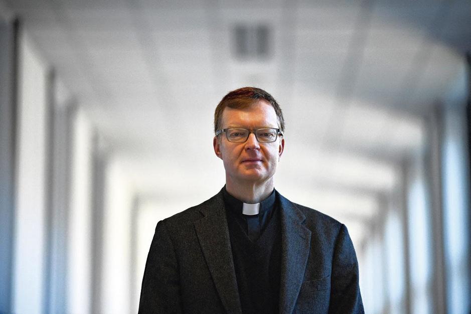 Priester-professor Hans Zollner over kindermisbruik: 'Sommige Belgische bisschoppen luisteren niet'