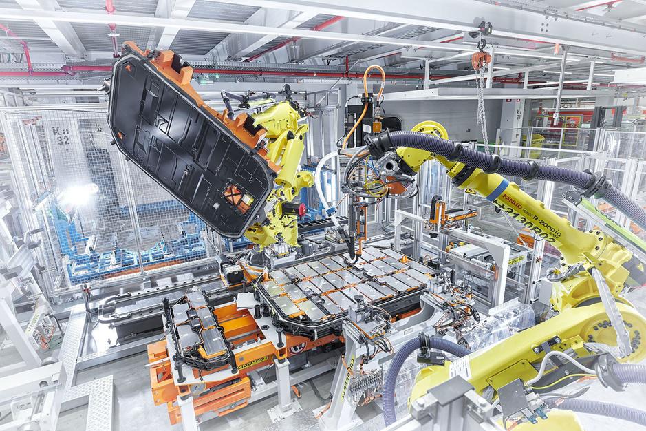 Duitse autobouwers willen transitie van verbrandings- naar elektromotoren versnellen, uit zelfbehoud