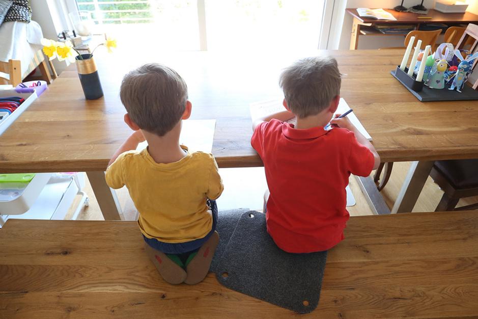 Extra coronaverlof voor alleenstaande ouders? 'Too little, too late'