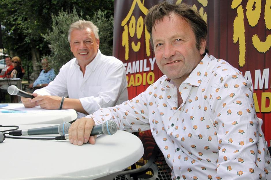 IN BEELD - 'FamilyRadio Op Stap' neemt afscheid van zes zonnige vrijdagnamiddagen in De Kippe