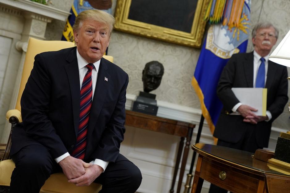 'Machtsmisbruik als levensstijl': ex-adviseur doet boekje open over Trump