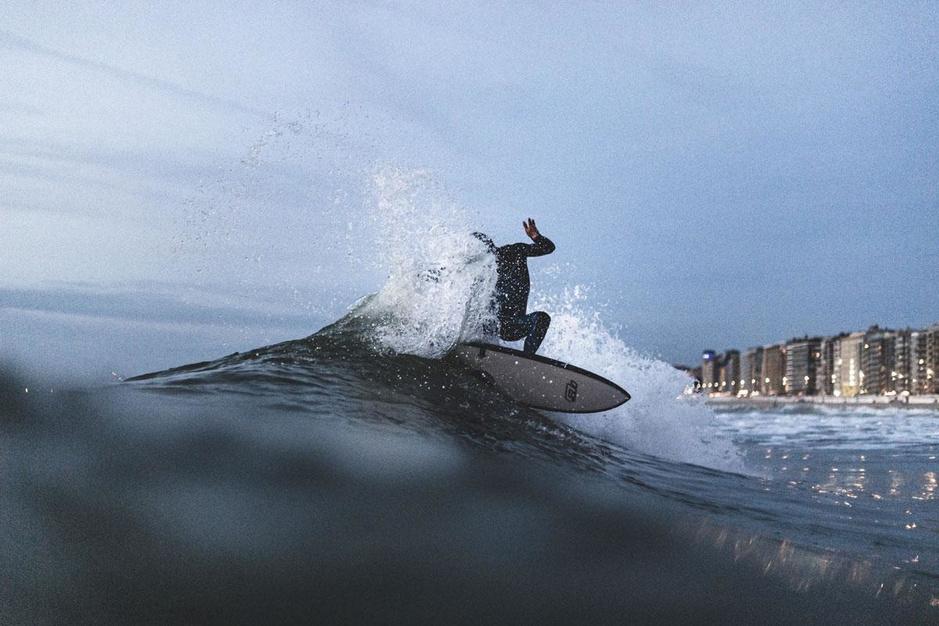 Vlaamse golven: de beste adresjes om te surfen in eigen land