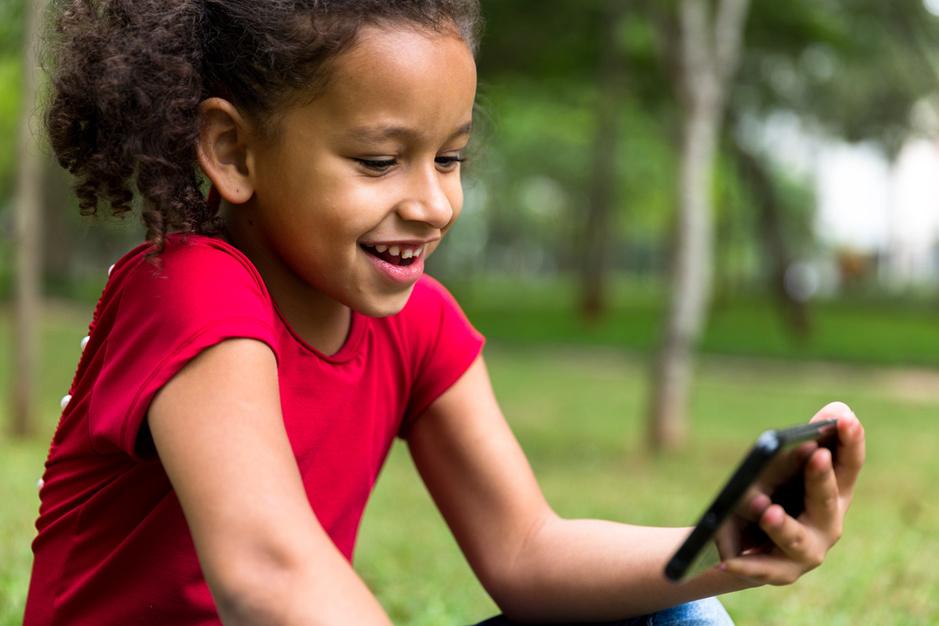 De komst van het digitaal babysitten: 'Een waardevol alternatief voor een uurtje Netflix'