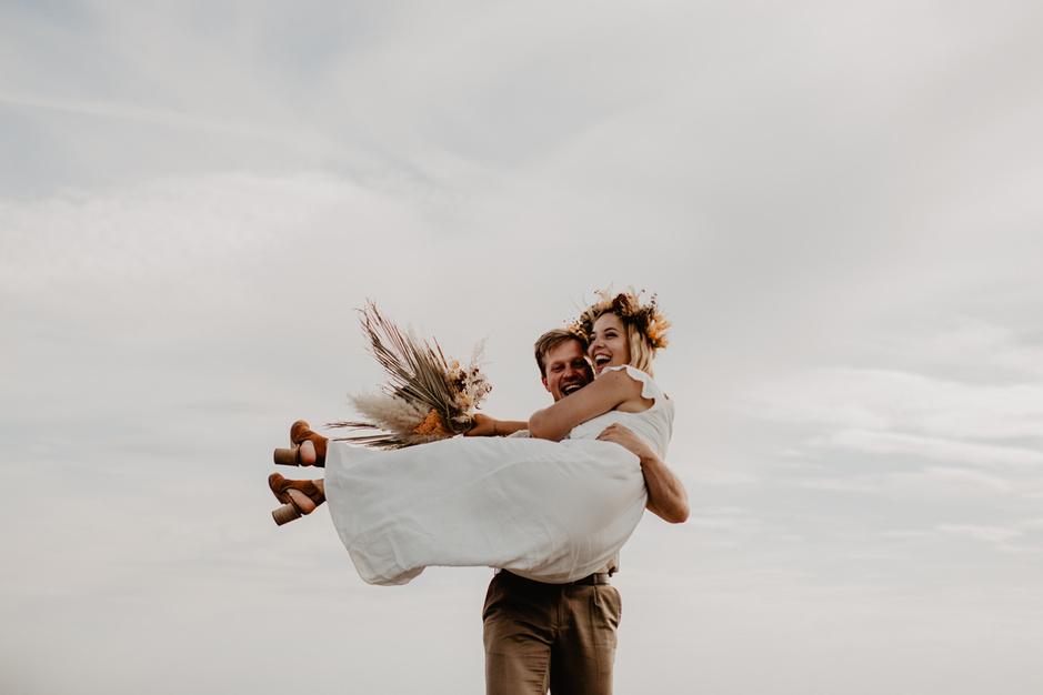 Elopement: deze drie koppels kozen voor een huwelijk met z'n twee