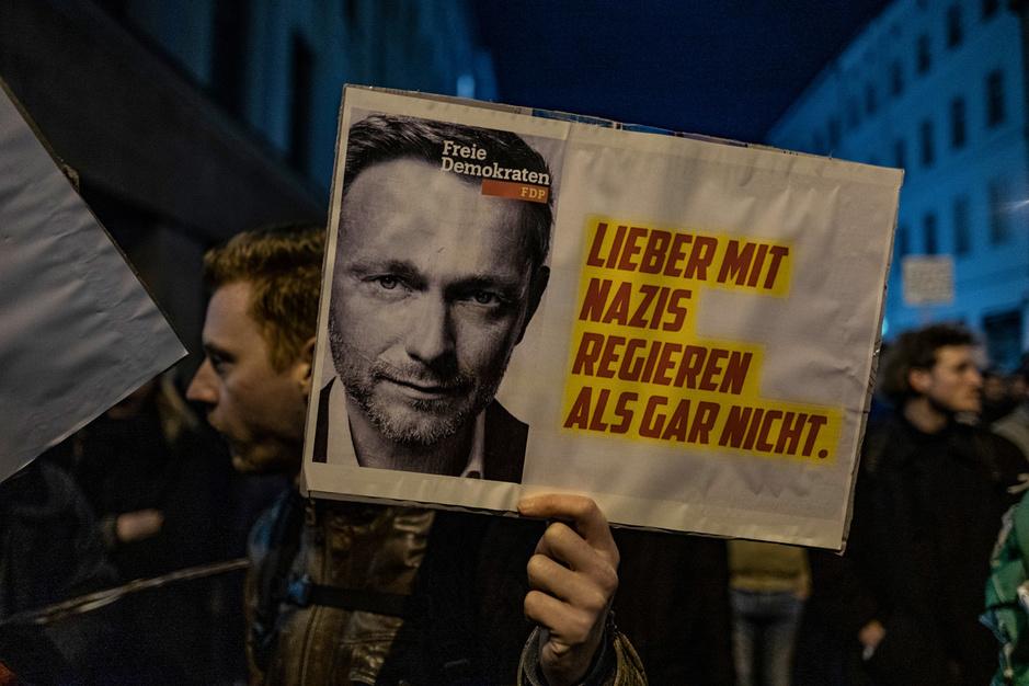 Opschudding in Duitsland na 'verboden verbond' met extreemrechts