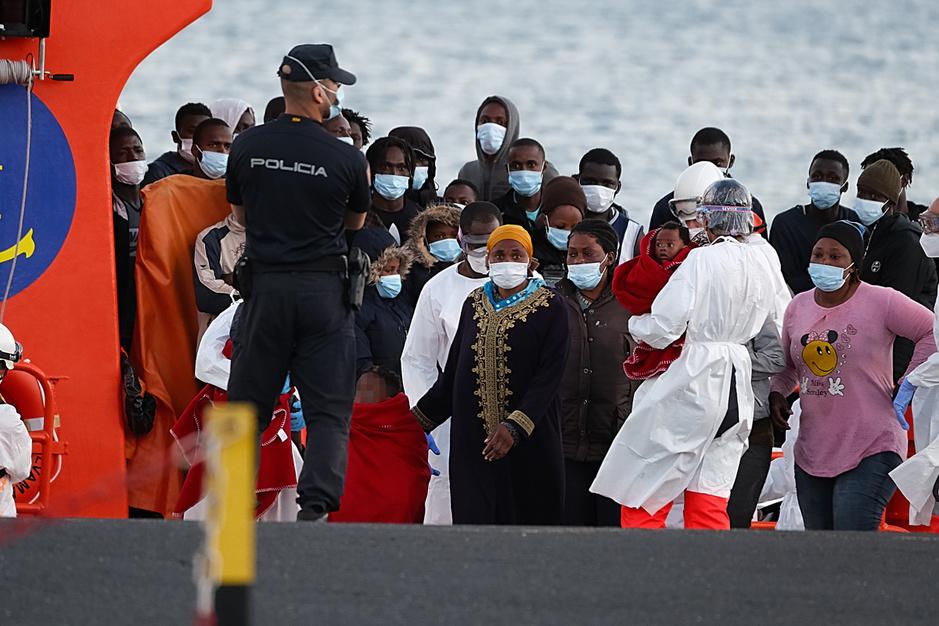 2087 vluchtelingen stierven voorbije halfjaar op zee: 'Frontex is een brutaal en duister instituut'