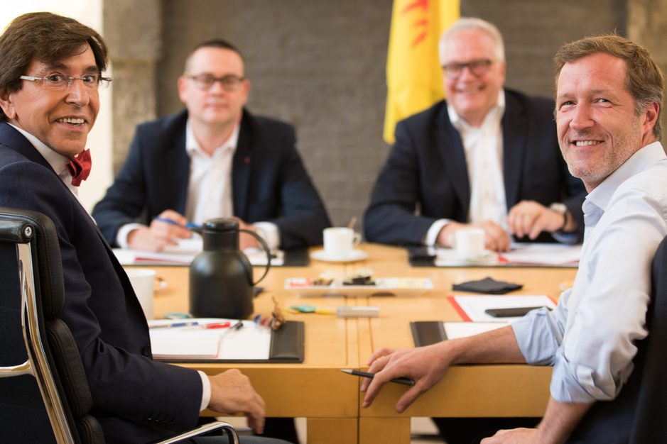 De PTB-PVDA pikt steeds meer PS-stemmen in, met dank aan Bart De Wever