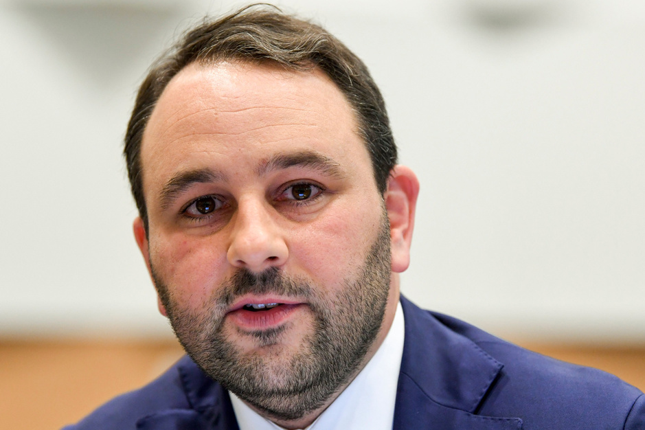 Michael Freilich (N-VA): 'Tom Van Grieken vindt dat zijn partij een bruin-ranzig kantje nodig heeft'