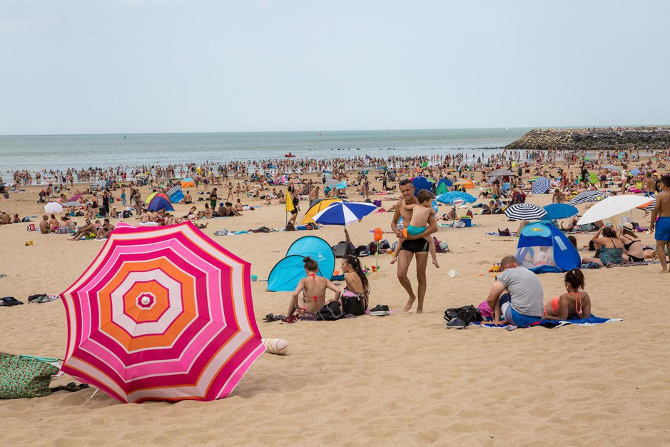 Strandpasje sneuvelt: kustburgemeesters werken aan algemeen plan met lokale accenten
