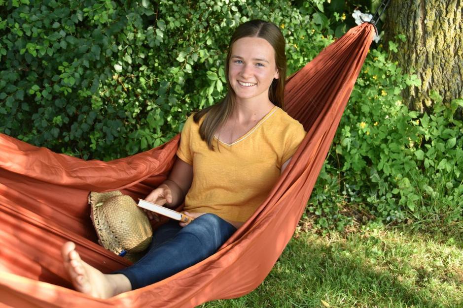 """Lore Dumolein: """"Wegdromen in de hangmat en ik ben zo in een andere wereld"""""""