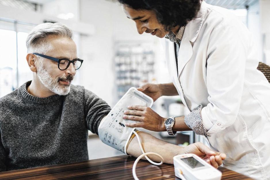 Hoge bloeddruk: wanneer neem je best medicatie?