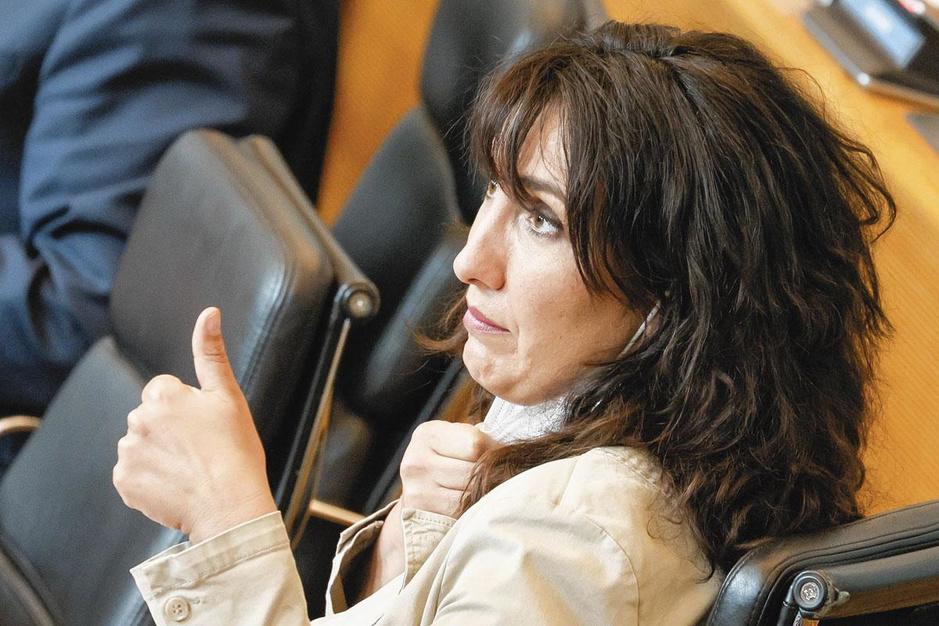 Vaccination: Christie Morreale sur le grill des parlementaires
