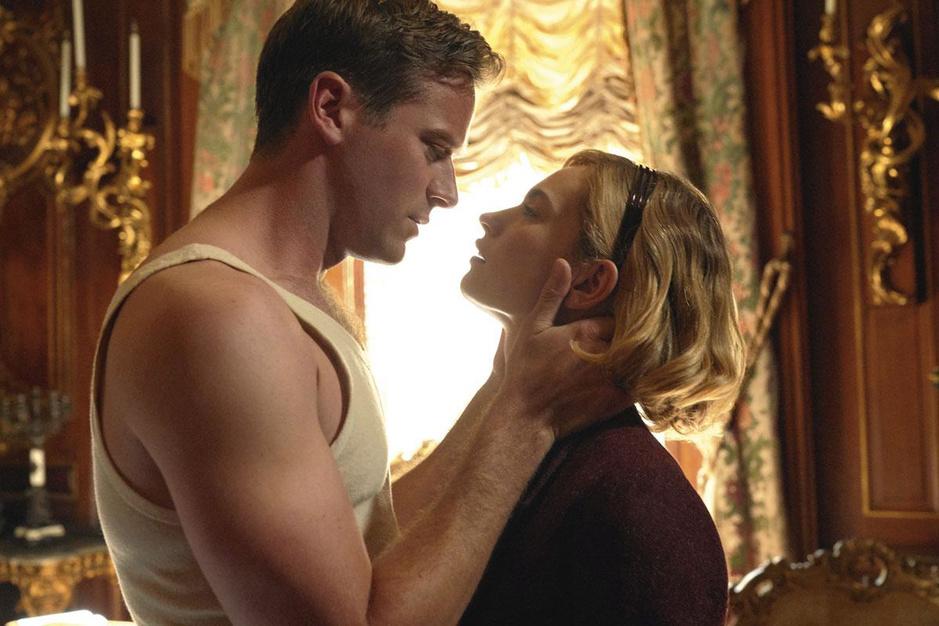 Ben Wheatley's 'Rebecca' is geen remake van Hitchcock. Of toch niet helemaal