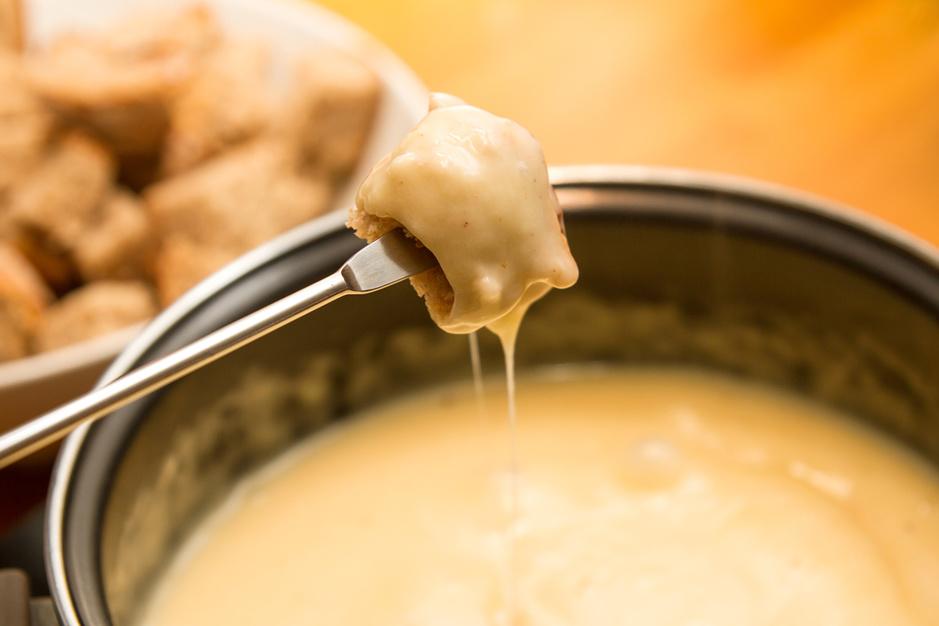 Nooit te veel kaas: de comeback van raclette en kaasfondue