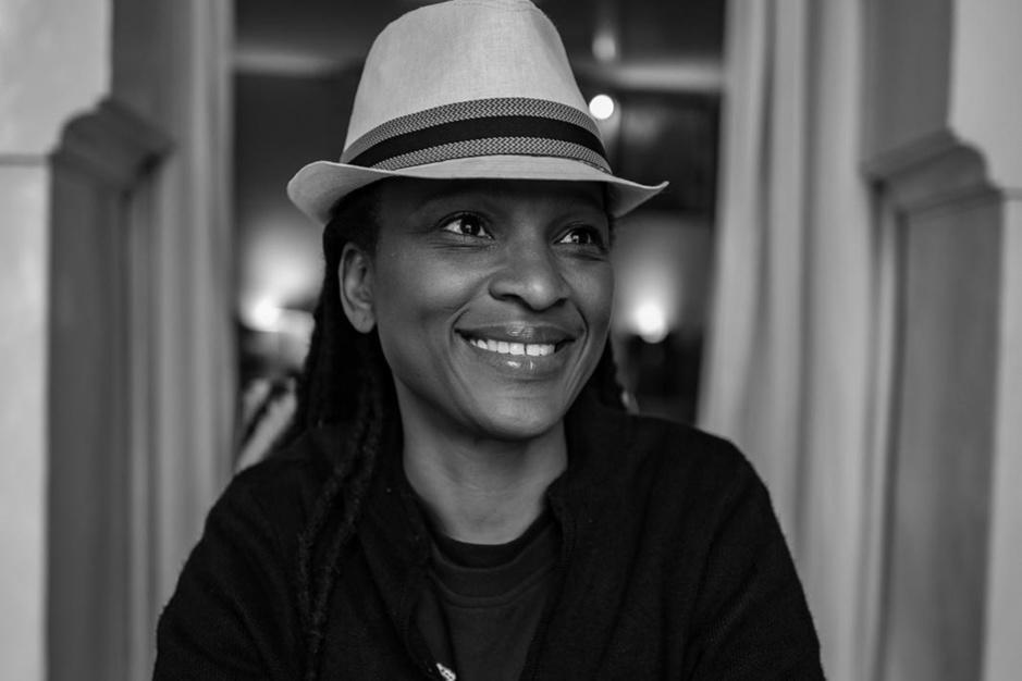 Schrijfster Chika Unigwe: 'De Amerikaanse politie is niet racistischer dan de Belgische'