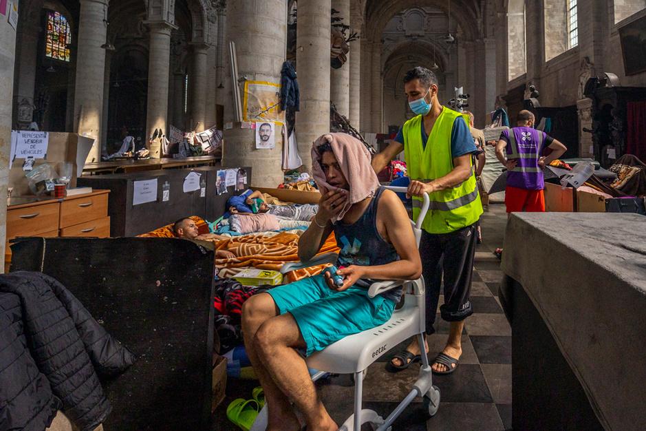 Hongerstakers gedwongen opnemen? 'Dit noopt tot uiterste terughoudendheid'