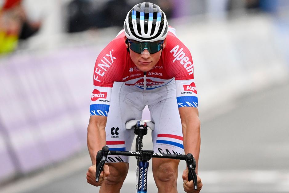 Mathieu van der Poel blikt terug op Vlaanderens mooiste: 'Wout pusht mij'