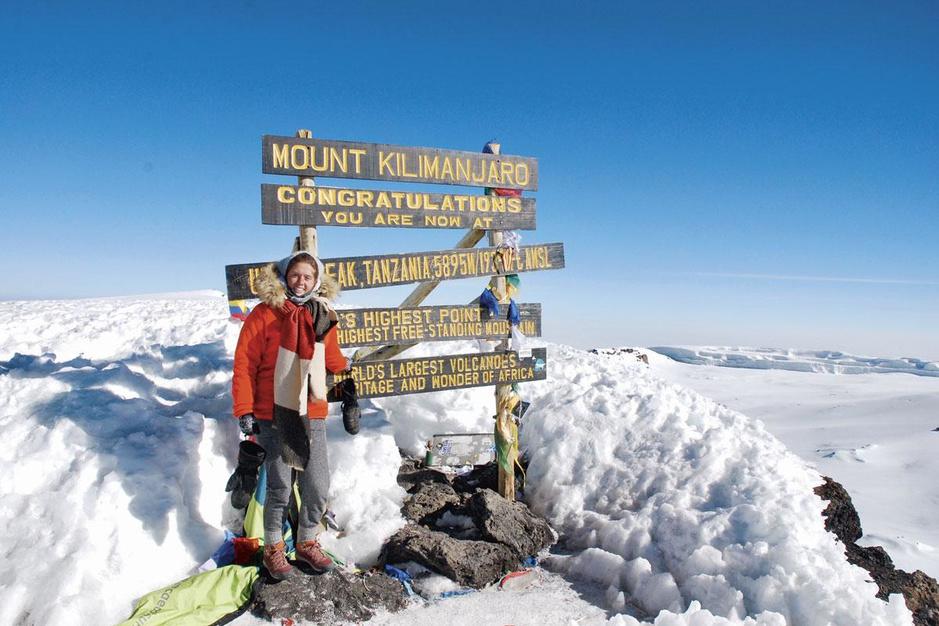 De Kilimanjaro beklimmen als vorm van therapie: 'Een fysieke en psychologische overwinning'