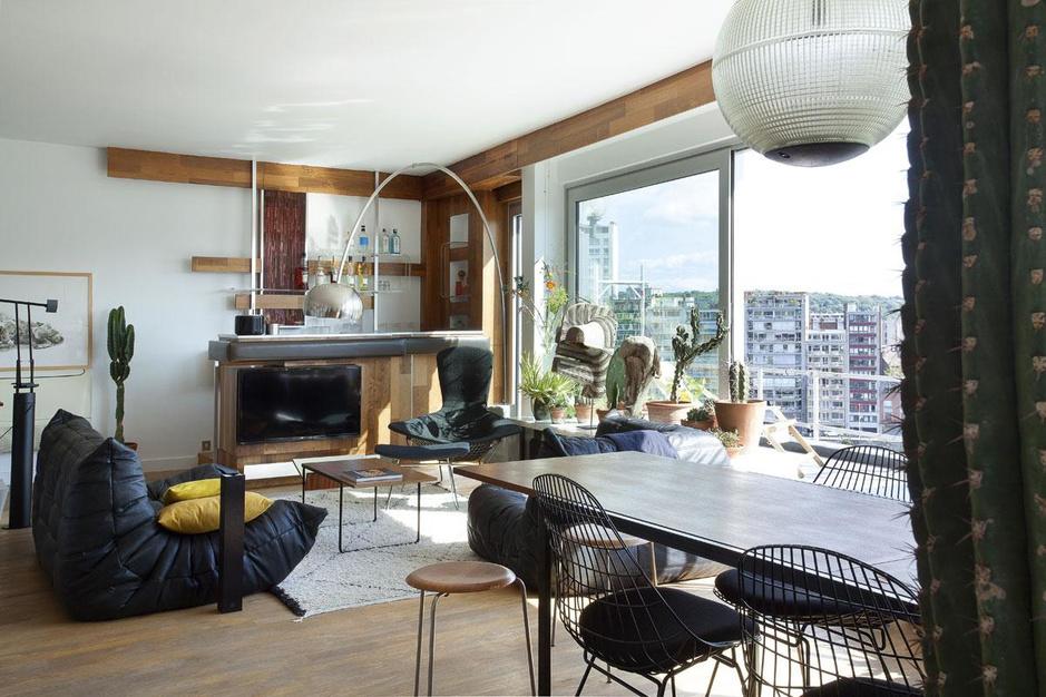 Huisbar boven de Maas: een mix van vintage en modern mét panorama