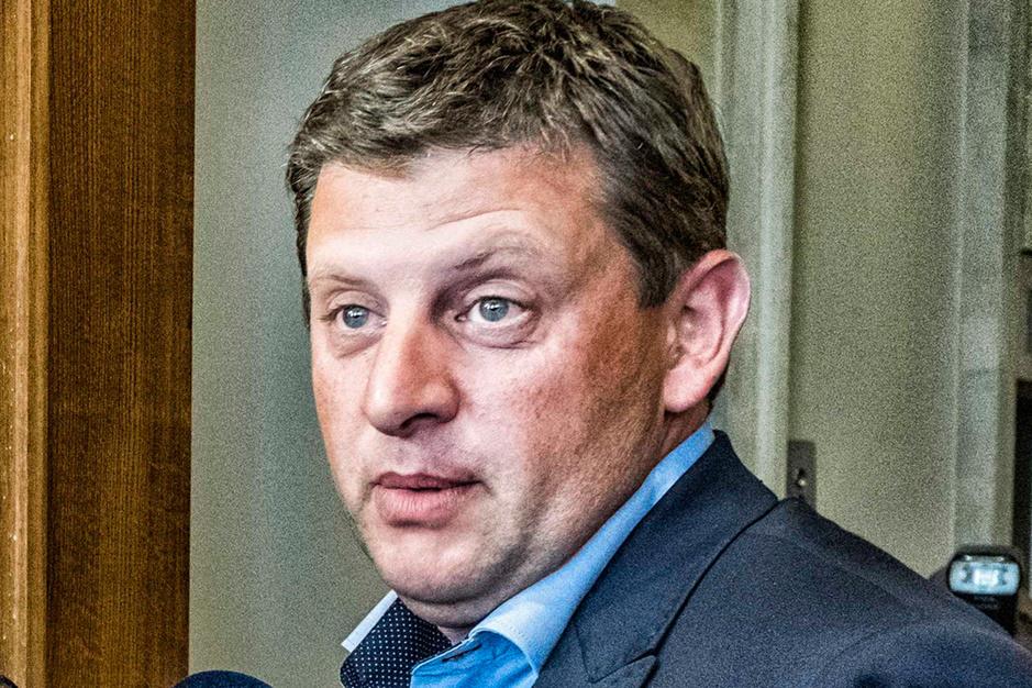 John Crombez (SP.A) over het coronabeleid: 'Er gaat zeer veel geld naar privéconsultants'