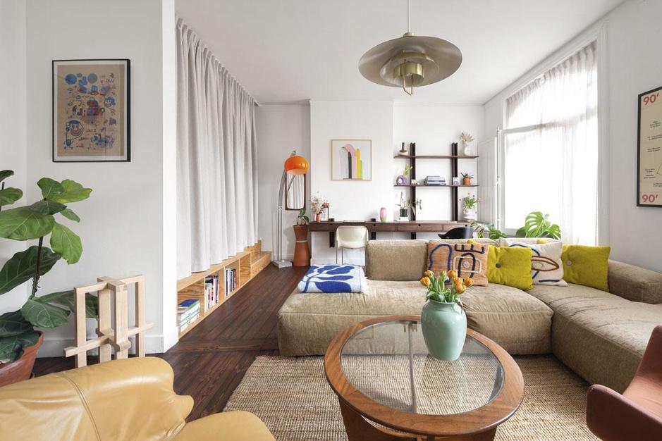 Een vleugje Bali en een Ikea-hack: binnenkijken in een appartement vol vrolijke accenten