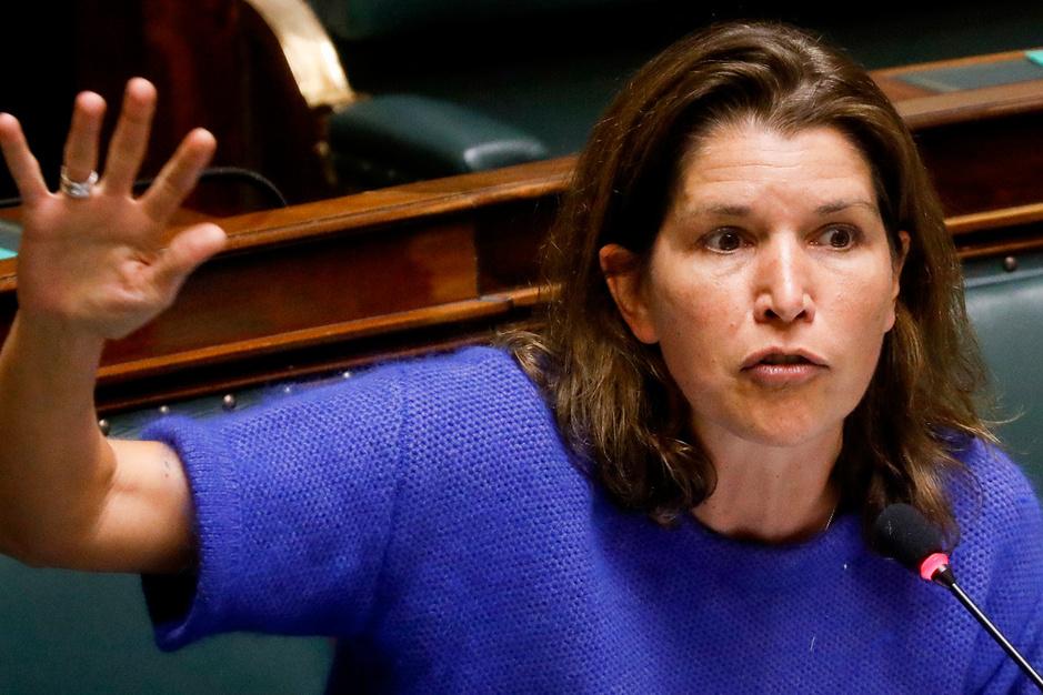 Valerie Van Peel (N-VA): 'Na deze saga heeft burger recht op nieuwe verkiezingen'