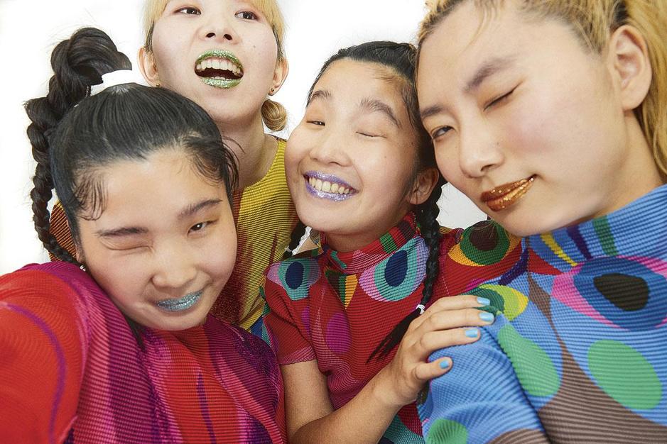 Japanse poppunkband Chai is klaar om uw definitie van schattig bij te schaven