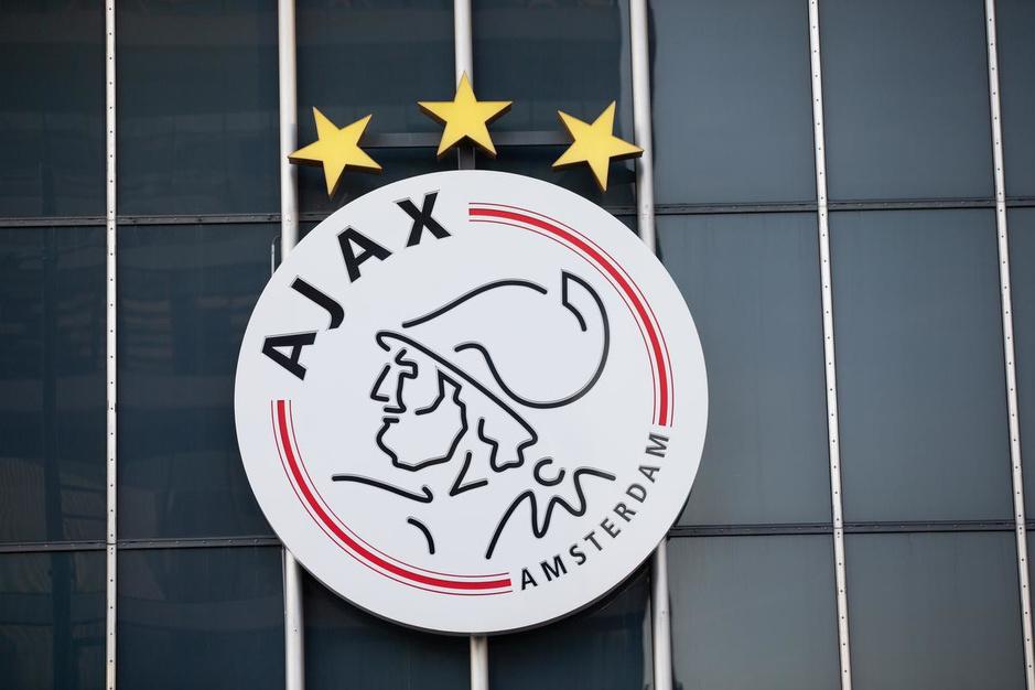 Belgisch toptalent Stanis Idumbo verlaat Gent en tekent bij Ajax