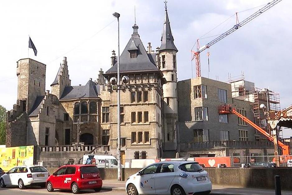 Brief aan Antwerps schepen Koen Kennis: 'Meneer, u hebt het Steen kapotgemaakt'