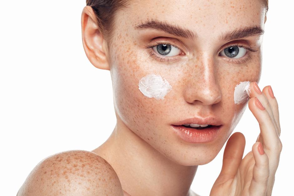 Luxecosmetica van grote beautymerken: zijn ze hun geld waard?