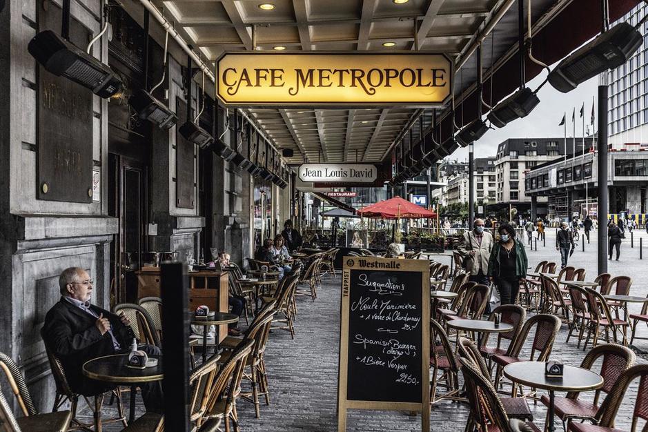 Het Brusselse café Métropole is verrezen: 'De gloriedagen komen terug'