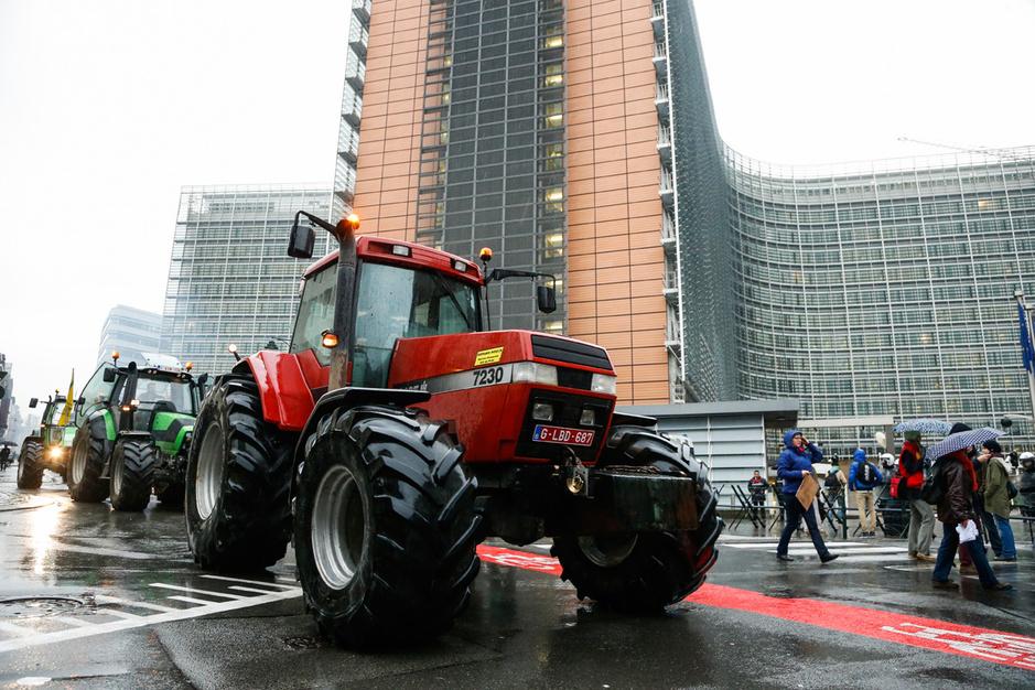 Belgische boeren zetten Charles Michel onder druk met tractorprotest