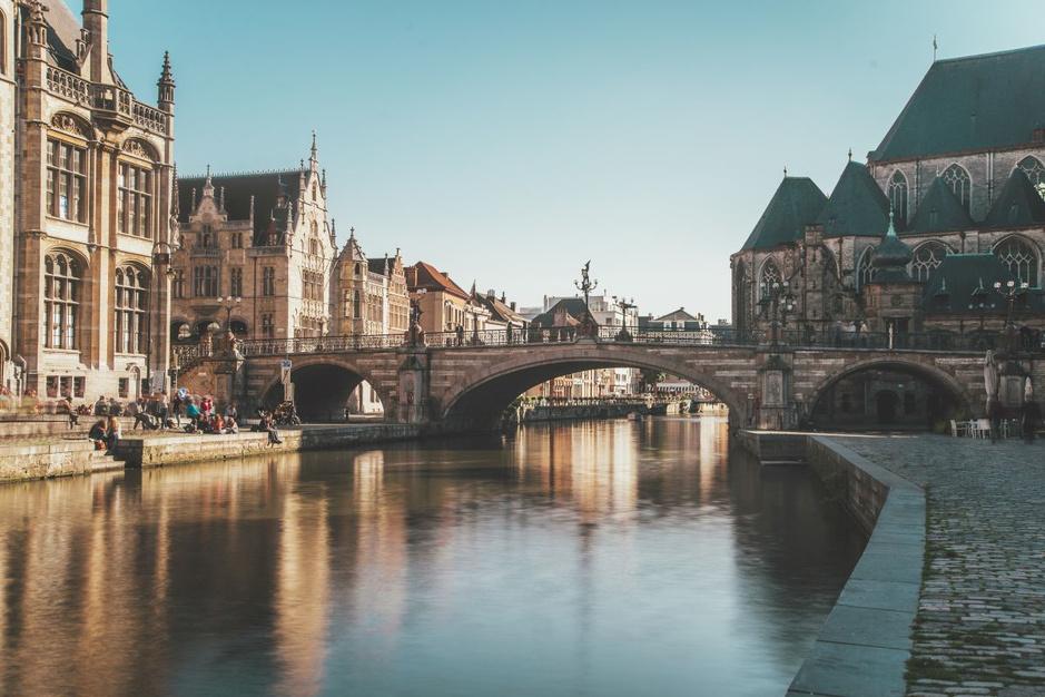 Ontdek België in 110 historische plaatsen