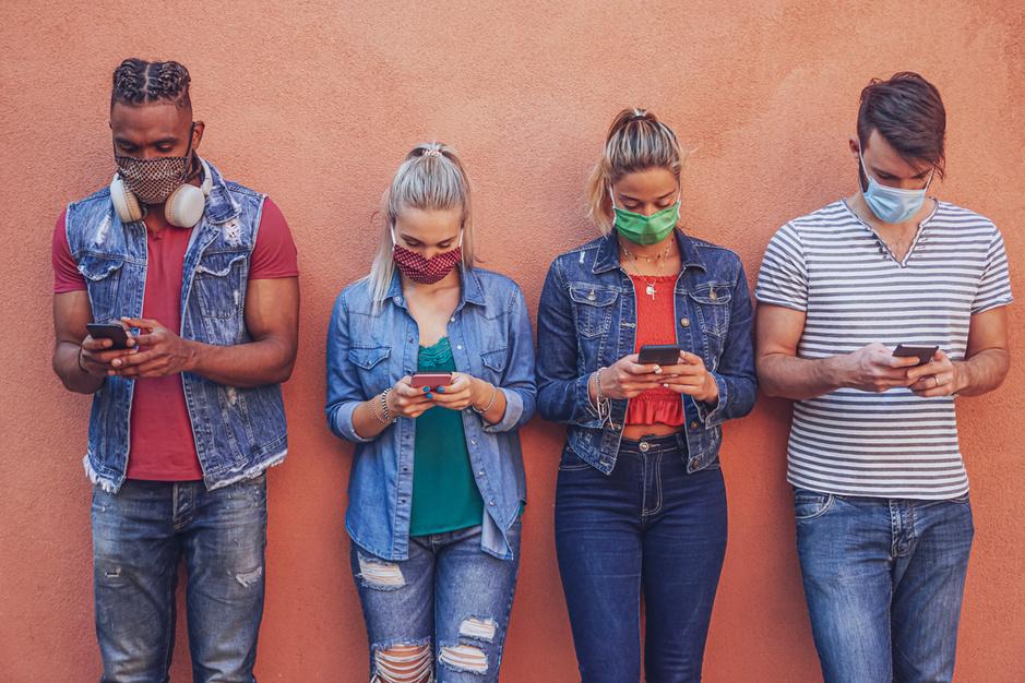 Vlaming is aan smartphone gekluisterd maar wil meer controle over eigen data