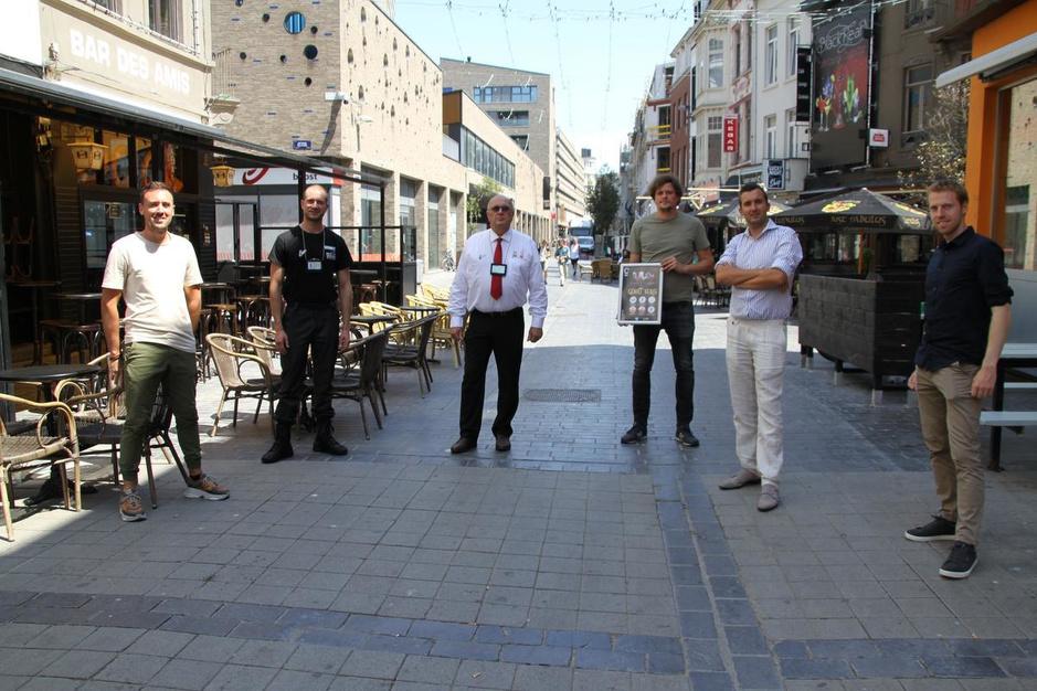 Stad Oostende zet bewakingsagenten in ter ondersteuning van de horeca in de uitgaansbuurt