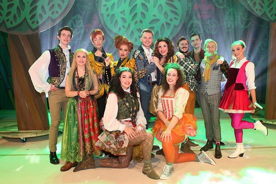 IN BEELD : Bekende Vlamingen te gast op première 'Sneeuwwitje' in Theater Elckerlyc