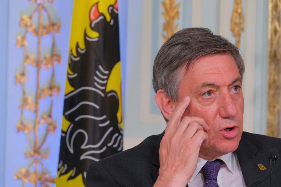 Kroniek van de Week over het vroegtijdige einde van de Vlaamse regering