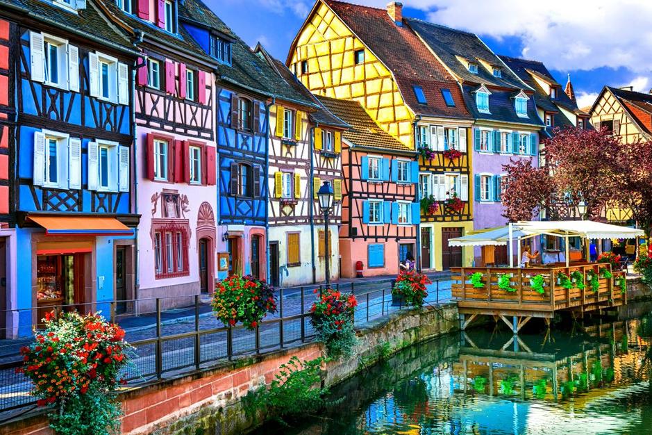 En images: 20 endroits dans le monde aux maisons si caractéristiques