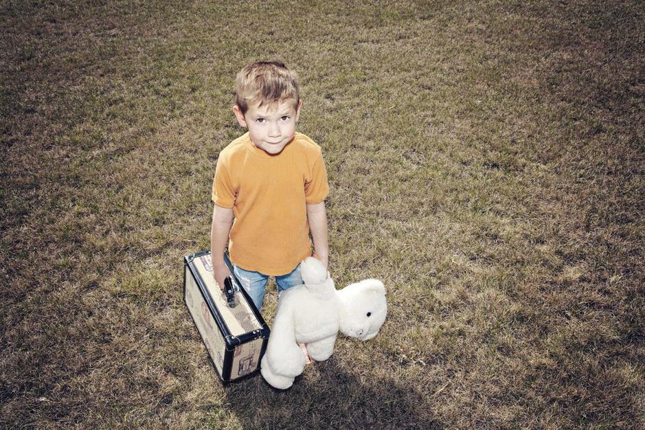 Als je kind opgroeit in een pleeggezin: 'Je voelt je kind wegglippen uit je handen'