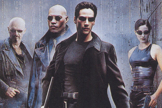 'The Matrix' als transallegorie en drie minder geloofwaardige theorieën over de cyberpunkklassieker
