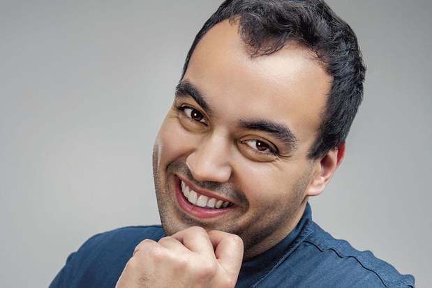 Cabaretier Kamal Kharmach: 'Dit jaar is elke Belg zijn eigen leider geweest'