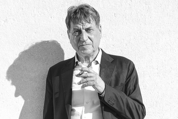 In 'Gekromde tijd in Krems' flaneert Italiaanse grootmeester Claudio Magris prachtig door de tijd