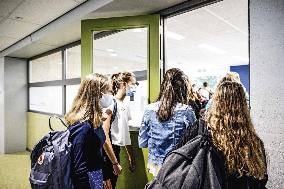 Hoe moeten scholen dit jaar delibereren? 'Spring niet te kwistig om met B- en C-attesten'