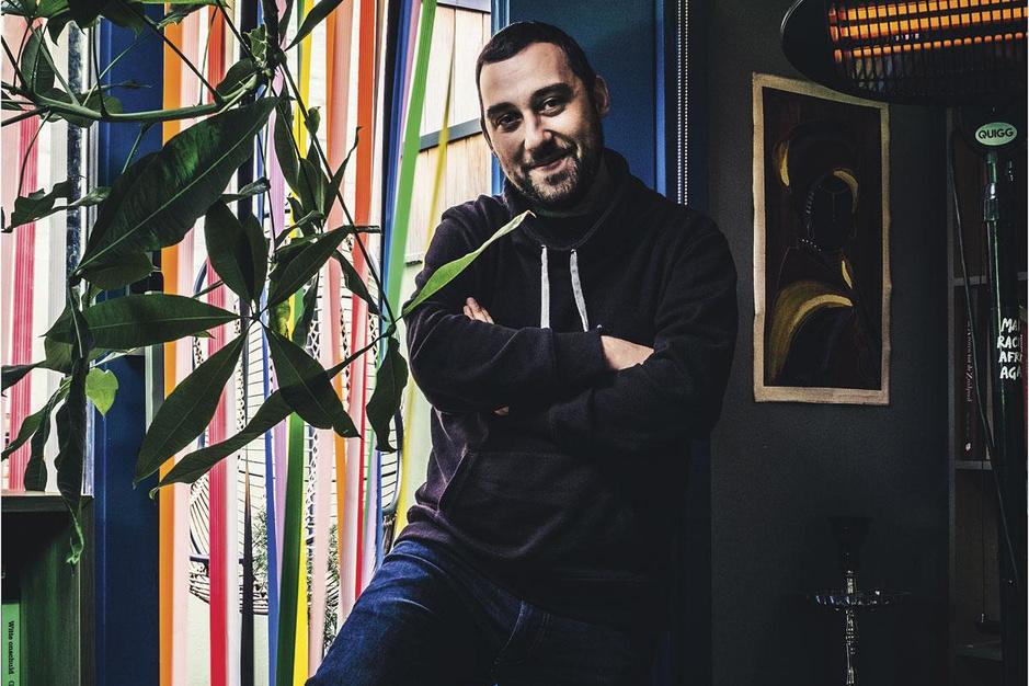 Fatih De Vos, rapper en jeugdwerker: 'Echt goede therapeuten zijn gewoon te duur voor mij'