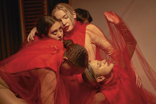 In première: de nieuwe clip van Tristan, over lust, verleiding en vrouwen in sektes
