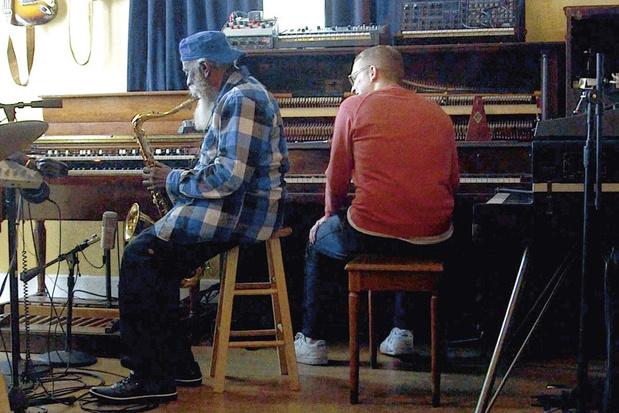 Jazzveteraan Pharoah Sanders brengt na 15 jaar nog eens een plaat uit. Met dank aan Floating Points