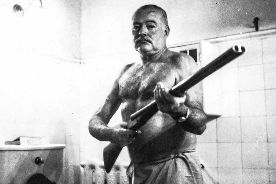 Docu over Ernest Hemingway: 'Hij is interessanter dan de legende die hij zelf verzonnen heeft'