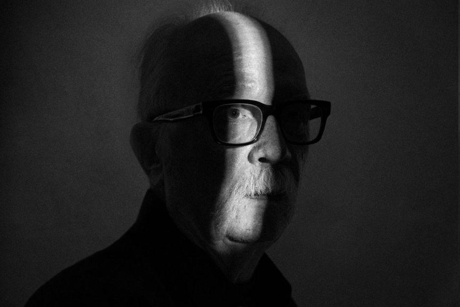 Horroricoon John Carpenter, ziener in bijberoep: 'Akelig dat mijn films zo visionair zijn gebleken'