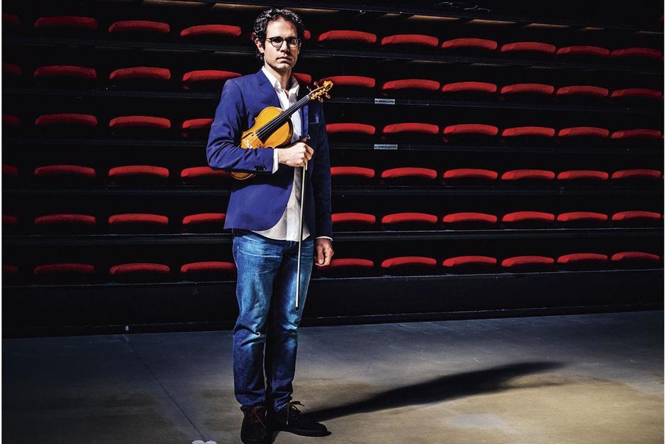 Syrische violist Shalan Alhamwy in Gent: 'Nu zit ik wéér in een gevaarlijke situatie'